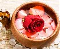 Лепестки жасмина и розы для рук