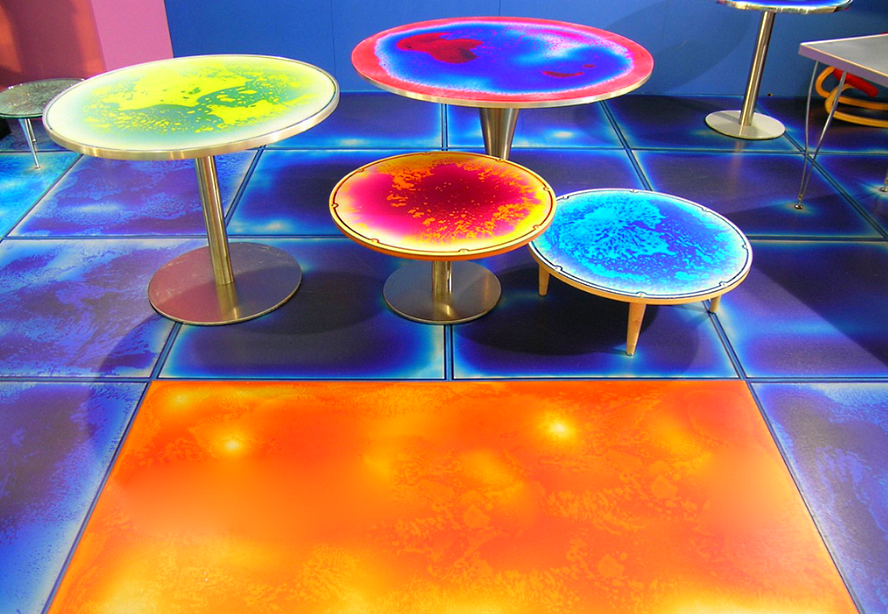 Жидкая плитка, живая использование в мебели