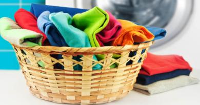 Как быстро вернуть цвет полинявшим вещам