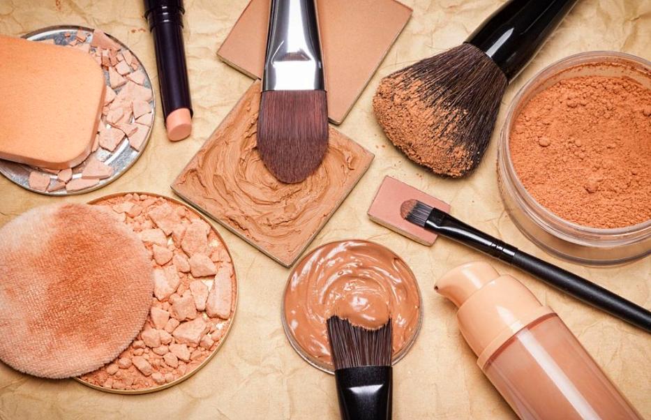 Как правильно выбрать тональный крем для лица по цвету кожи
