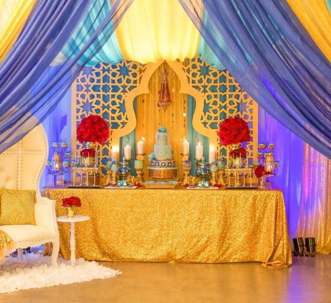 Стол новобрачных в арабском стиле