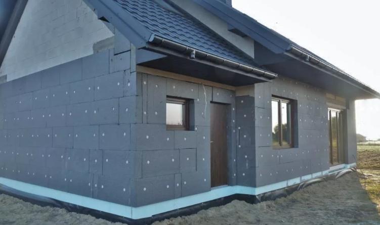 Пенопласт графитовый - теплоизоляция дома
